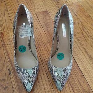 BCBG heels snakeskin print